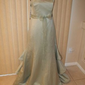 ALFRED ANGELO SAGE SATIN PROM/FORMAL GOWN SIZE 14
